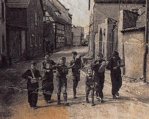 Ratschenjungen 1953 in Forst