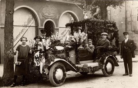 An den Schanzen 7; Blumen-Gillich; rechts Heinrich Stützel, limks neben ihmAdolf Winter, dann Karl Winter - Danke an Volker Winter