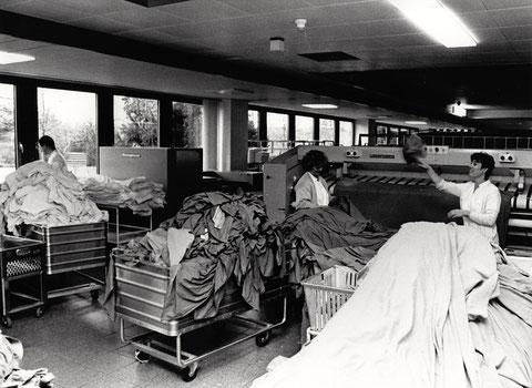 In der Wäscherei des neuen Leopoldina-Krankenhauses
