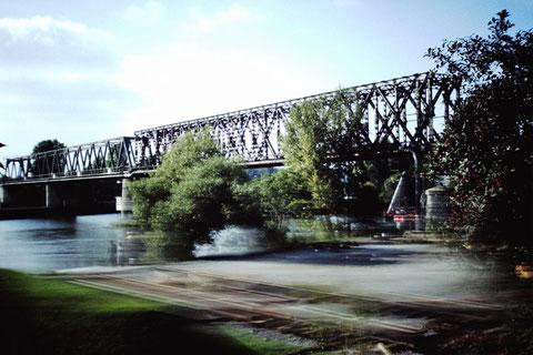 Eisenbahnbrücke über den Main 1.10.1984