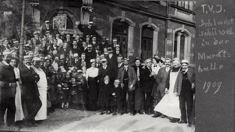 TV Jahn 1909 - Schlachtschüssel in der Markthalle (Jägersbrunnen)
