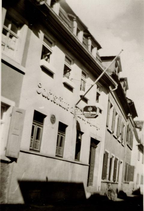 Fischerrain 62, Gaststätte Wolfsschlucht
