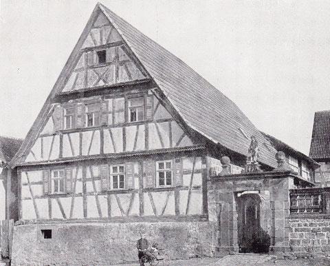 Haus Nr. 41 - Fachwerkwohnhaus mit besonderem Hofabschluss (Aufgenommen um 1910)