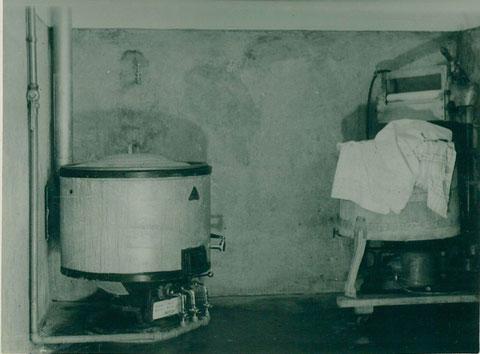 """Waschkessel """"Wasserleitung"""" 1932"""