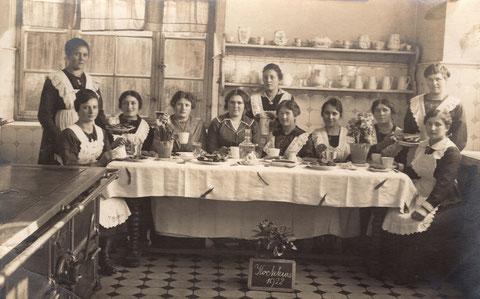 Höhere Töchter Schule Schweinfurt An den Schanzen 1922 Kochkurs