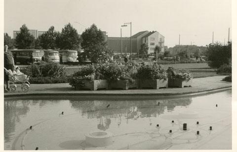 Brunnen am Schuttberg mit Blick auf Werk Kugelfischer - Danke an Johannes Rösch