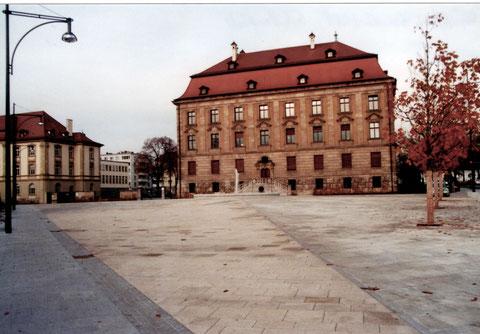 Schillerplatz 15.11.2008