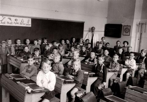 Ludwigschule September 1955, Jahrgang 1955/56, Lehrer: Georg Hofmann (1907 - 2005)