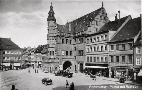 Das Rathaus um 1920