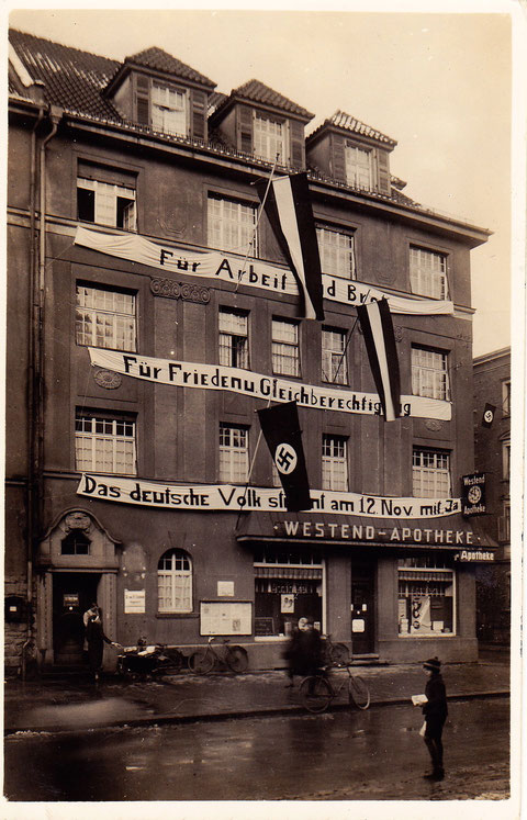 Luitpoldstraße mit Westend-Apotheke im November 1933 -  bitte durch Anklicken vergrößern