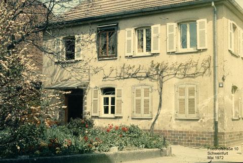 Das Haus wurde nach der Zerstörung bei den Luftangriffen im Jahre 1944 dann im Sommer 1947 wieder aufgebaut. In den 1980er (?) Jahren wurde das Haus dann abgerissen und das katholische Seniorenheim Marienstift neu dort errichtet