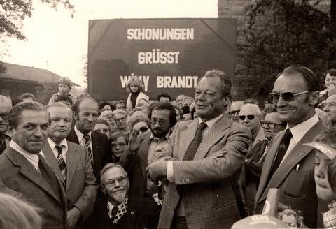 Wiily Brandt zu besuch in Schonungen (links Franz Endres, dann Werner Hollwich, Karl Rosentritt)