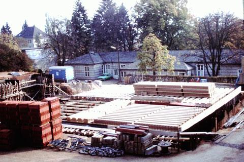 14.10.1979 - Baustelle Baracken Leopoldina-Krankenhaus - Danke an Christel Feyh - Foto Helmut Feyh