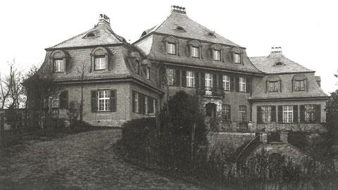 Die Fichtelsvilla im heutigen Fichtelsgarten am Obertor