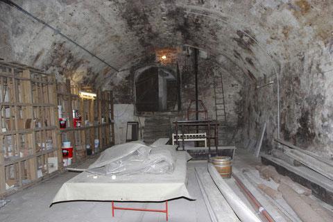 Blick auf den Eingang zum Gewölbekeller