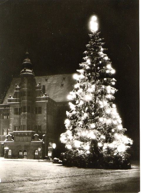 Weihnachten auf dem Marktplatz (Um 1950 ?)