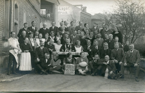 Schlachtschüsselges. 14.02.1926 Oberer Wall - Luke Hannes