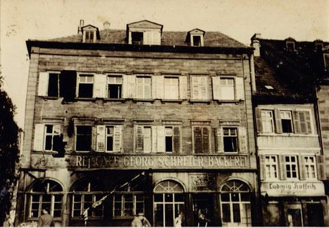Die Kriegszerstörungen nach einem Bombenangriff im Jahr 1942