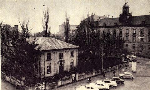 Die Barthelsvilla kurz vor dem Abriss für den heutigen Kaufhof - die Stadt tauschte damals das Gelände gegen das der alten Gelatinefabrik und einem weiteren Innenstadtgrundstück.....