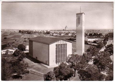 Die St.Josefkirche nach der Erbauung