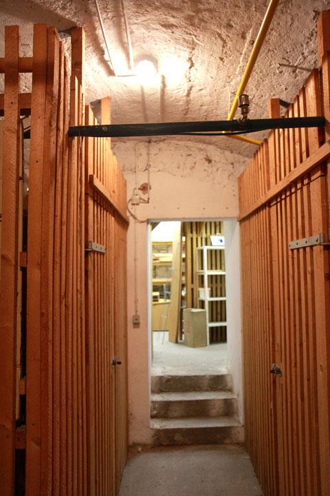Der Kellerübergang von Brückenstraße 4 zu 6