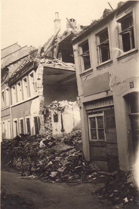 Ausgebombtes Appelshaus-1944-Fischerrain-später Gössweinparkplatz - Danke an Horst Gößwein
