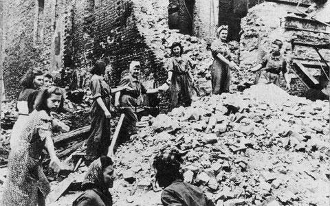 Trümmerfrauen in Grafenrheinfeld