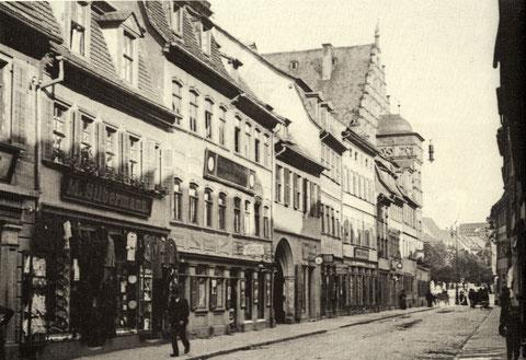 Brückenstraße mit Blick zum Rathaus und dem Marktplatz
