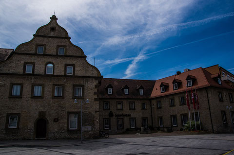 Altes Schrannengebäude am Roßmarkt