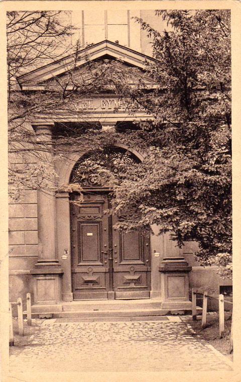 1925 - Eingang des Gymnasiums