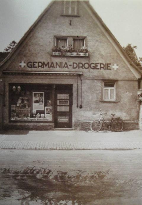 Germania Drogerie, Inhaber Herr Albert Nöth. Hauptstraße