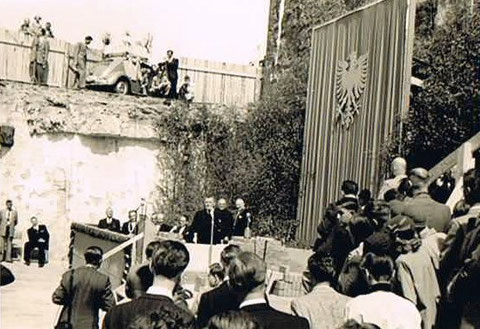 Grundsteinlegung Mai 1954 - Danke an Karl Dill