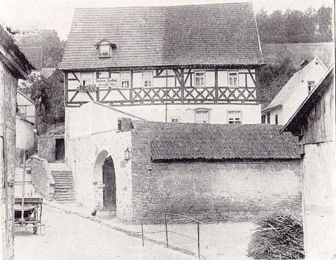 Haus-Nr. 12 erbaut 1531, renoviert 1697