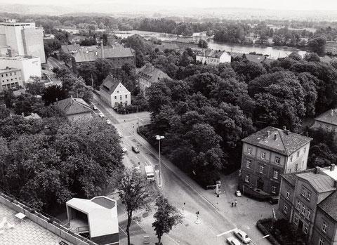 ca. 1990 mit Blick zur Mainberger Straße