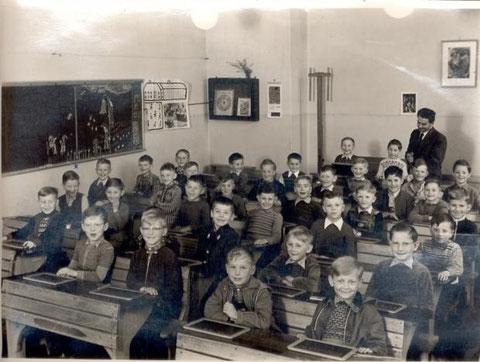 1955 - mit Lehrer Schäfer - Danke an Walter Nöth