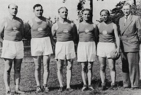 Bayr. Meister Faustball Alterskl. 1; v.l. Popp, Köder, Beyersdörfer, Sommer, Roth, Eckert Gg