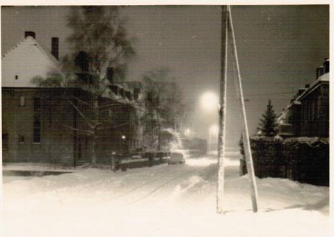 1947/48 - Blick von Kreuzstraße in die winterliche Stephanstraße - Danke an Wieland Schätzlein