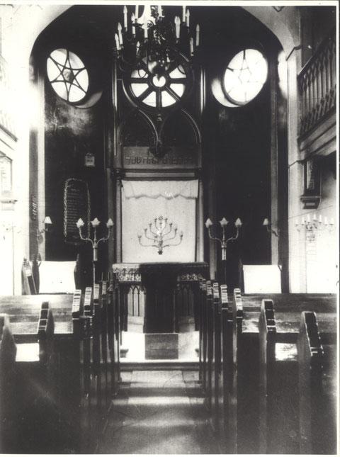 Das Innere der Synagoge