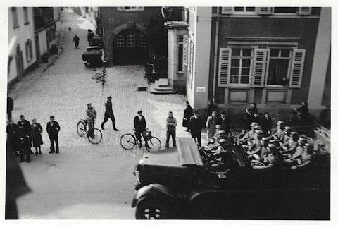 Ende 1939 - rechts Kornmarkt 17 - Blick in Neue Gasse