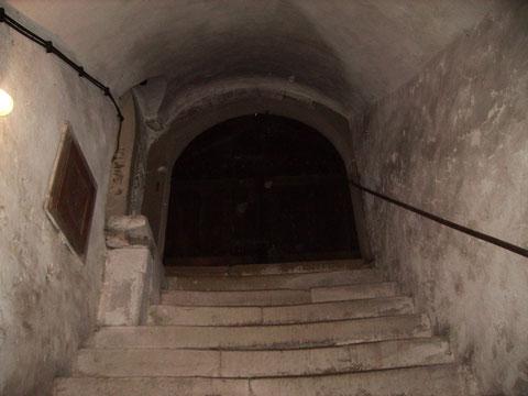 Abgang zum Gewölbekeller