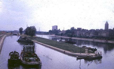 Blick von der Maxbrücke nach Westen um 1960