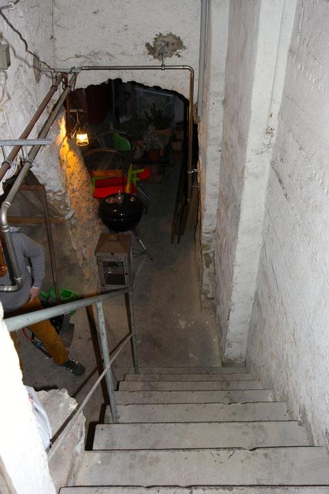 Der Kellerabgang im Nebengebäude