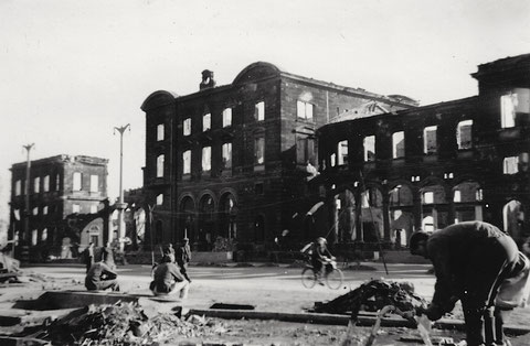Nach dem Angriff im Oktober 1943 - Hauptbahnhof
