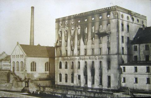 Fränkische Isolierwerke des Geheimrats  Georg Schäfer nach dem Brand 1911 (ehem. Städt. Spinnmühle)