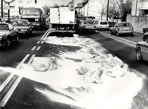 Verkehrsunfall - Landwehrstraße