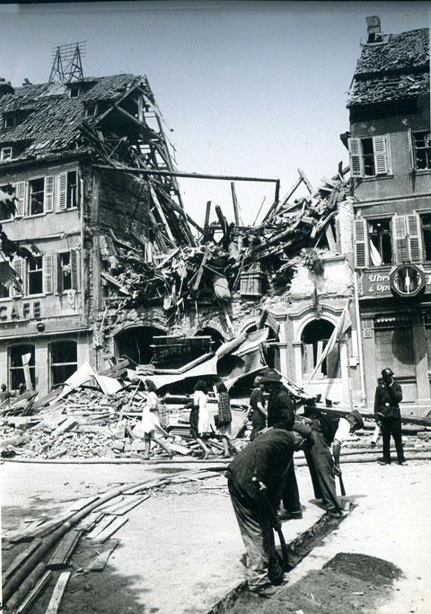 1944 nach Bombenangriff
