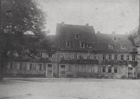 Alte Pfarrhäuser 1903 - Martin-Luther-Platz? Wer kann helfen?