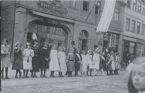 Spitalstraße Nr. 27 - Möbel-Magazon Heinrich Kröner - Danke an Herrn Horst Kröner