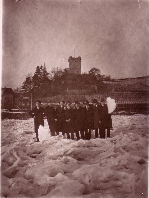 Peterstirn mit zugefrorenem Main im Jahre 1929 - Herzlichen Dank an Jürgen Dahms