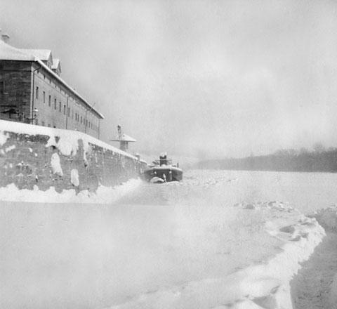 1942 - der Main ist komplett zugefroren